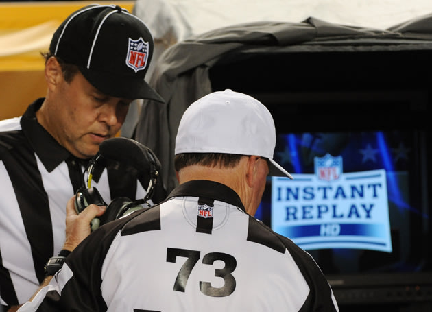 yahoo replacement refs NFL, officials remain apart on agreement after two days of meetings