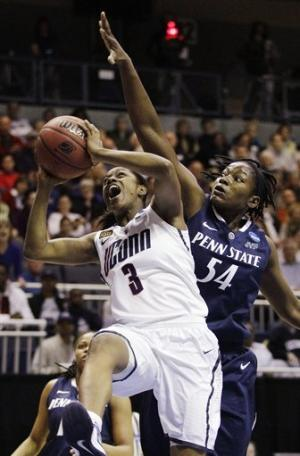 UConn women in regional finals for 7th year in row