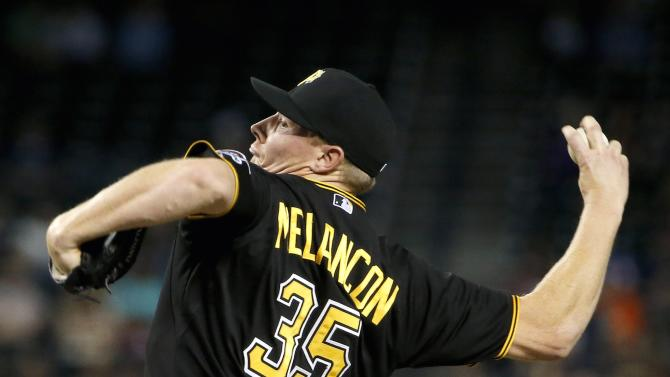 Pittsburgh Pirates' Mark Melancon throws a pitch against the Arizona Diamondbacks during the ninth inning of a baseball game Friday, April 24, 2015, in Phoenix. The Pirates defeated the Diamondbacks 4-1. (AP Photo/Ross D. Franklin)