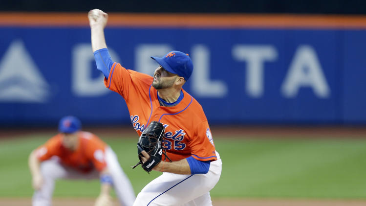 New York Mets' Dillon Gee delivers during the first inning of a baseball game against the Philadelphia Phillies, Tuesday, July 29, 2014, in New York. (AP Photo/Frank Franklin II)