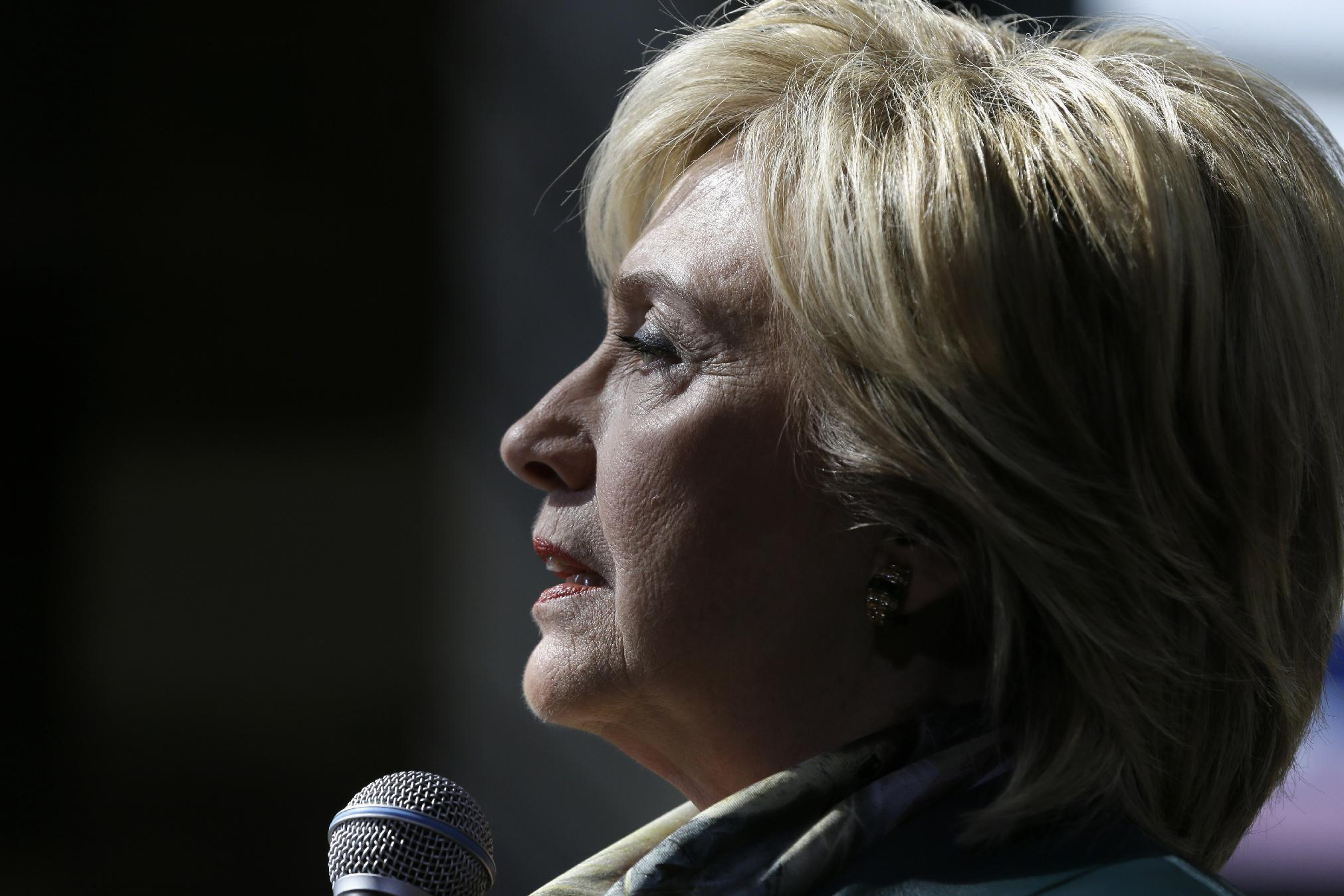 State Department seeks more work-related emails from Clinton