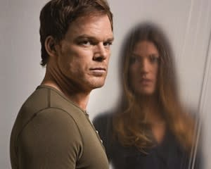 TVLine Items: Dexter Finale Confirmed? Plus: Rosie Gets Smash'd, Dixie's New Dude and More