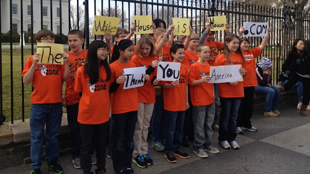 Iowa Students Make It to White House Gates, But Not Inside (ABC News)