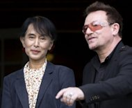 Myanmar opposition leader Aung San Suu Kyi (L) and U2 singer Bono for a press conference in Oslo. Suu Kyi landed in Ireland on Monday, with U2 star Bono by her side for a flying visit on her European tour that was to see her pick up a prize honouring her unwavering commitment to human rights