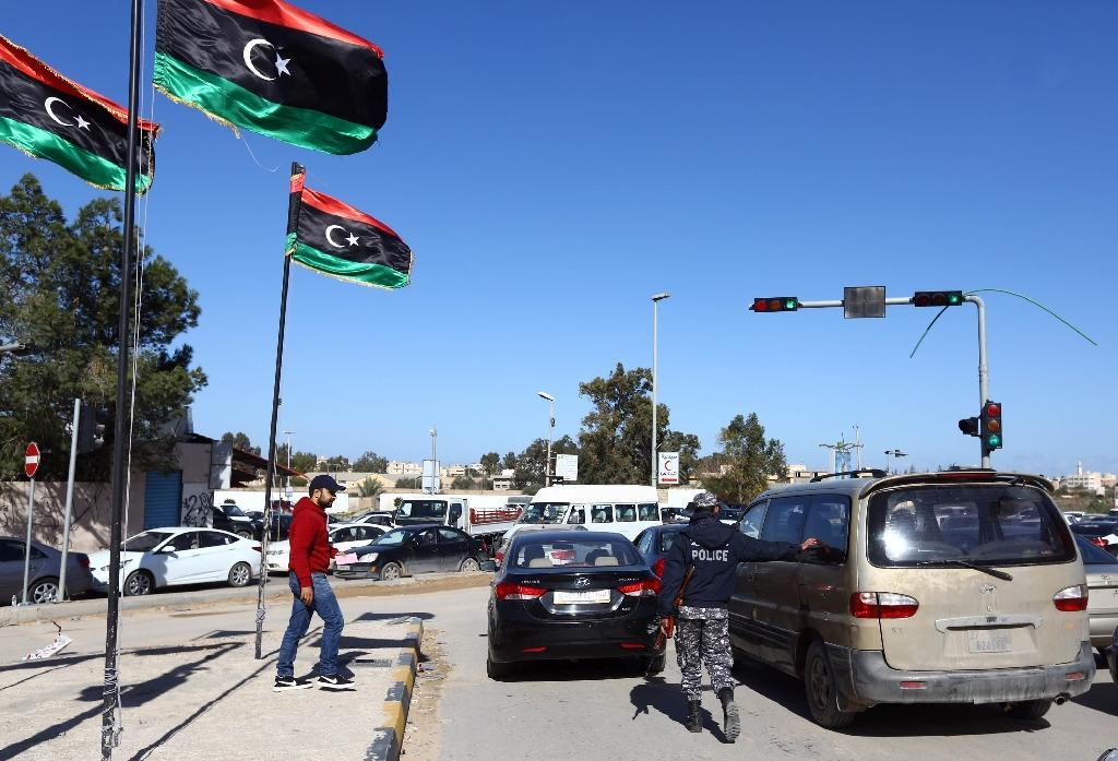 Libya car bomb wounds one, damages office of Eni firm