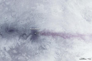 Satellite Captures Mexican Volcano's Unceasing Eruption