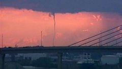 HT water spout toledo sk 140710 16x9 608 Sunrise Images Capture Waterspout on Lake Erie