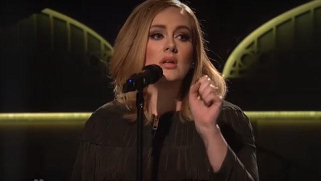 Adele's '25' Sells 3.38 Million Copies During First Week