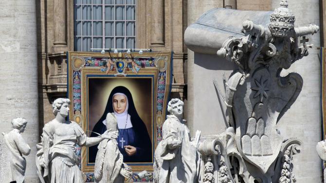 Pope Canonizes 2 Palestinian Nuns