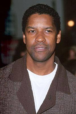 Denzel Washington at the Mann Village Theater premiere of Universal's Erin Brockovich
