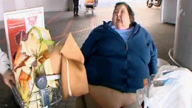 407-Pound Woman Denied Flights Home, Dies Abroad