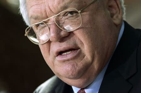 Former House Speaker Hastert indicted on federal charges
