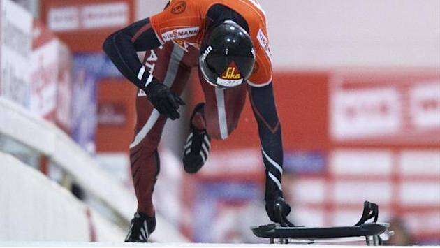 Skeleton - Dukurs' winning run continues