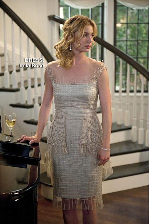 "Emily VanCamp as Emily Thorne in the Season 1 episode ""Perception."" Revenge"