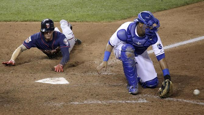 Schafer drives in 4, Twins top Royals 11-5 in 10th