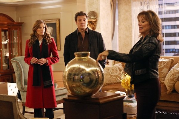 Exclusive Castle Video: GH Vet Nancy Lee Grahn Throws a Killer (?) Tantrum