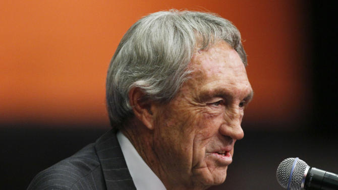 Inductee Eddie Sutton talks to the media during a news conference for the National Collegiate Basketball Hall of Fame induction Sunday, Nov. 20, 2011, in Kansas City, Mo. (AP Photo/Ed Zurga)