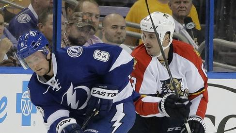 Hedman scores in OT, Lightning beat Panthers 3-2