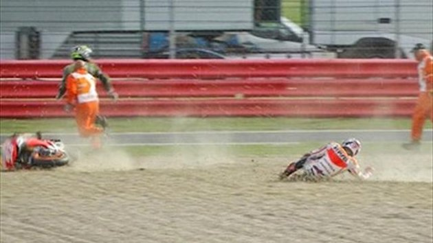 Marquez crashes in warm-up