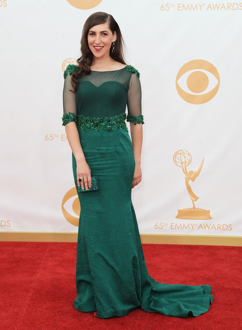 Mayim Bialik arrives at the 65th Primetime Emmy Awards at Nokia Theatre on Sunday, Sept. 22, 2013, in Los Angeles. (Photo by Jordan Strauss/Invision/AP)