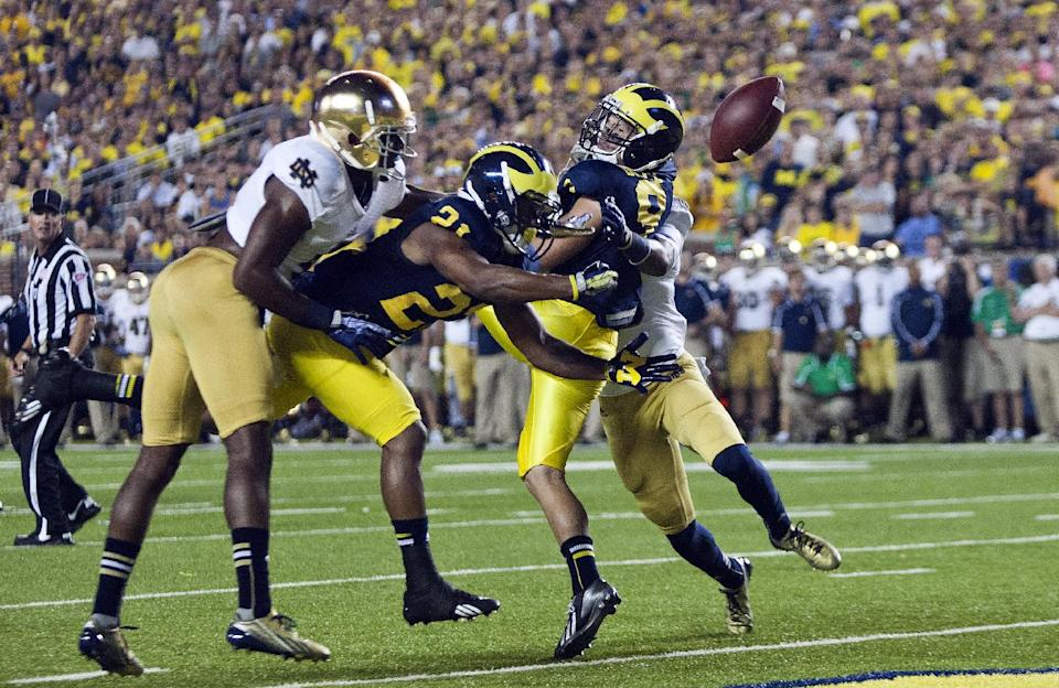 No. 17 Michigan beats No. 14 Notre Dame 41-30