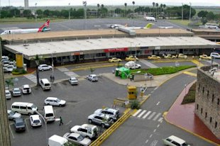 Jomo Kenyatta International Airport, Nairobi (kenyaphotos)