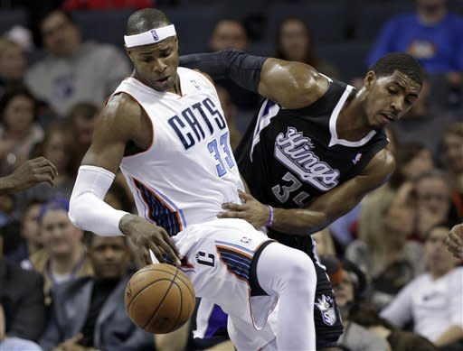 Thornton, Evans lift Kings over Bobcats, 97-93