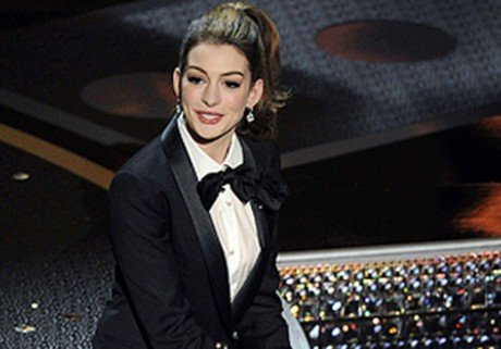 Le dfil d&#39;Anne Hathaway aux Oscars