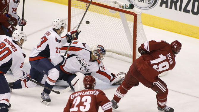 Coyotes beat Capitals 4-3 in shootout