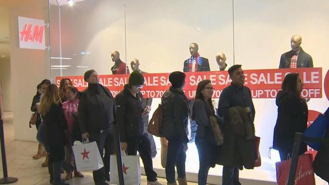 Shoppers hit stores for post-Christmas deals
