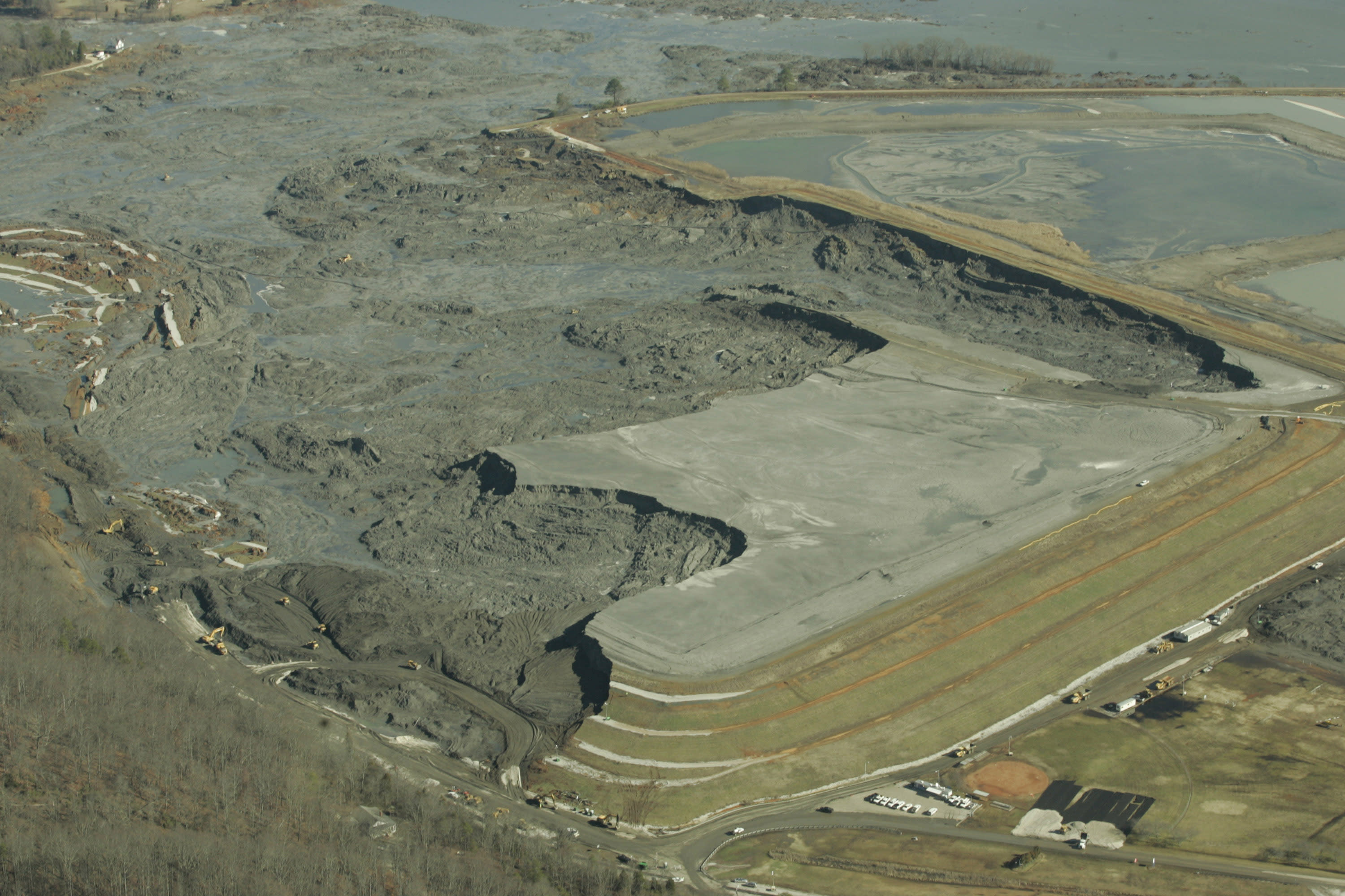EPA expected to treat coal ash waste like garbage