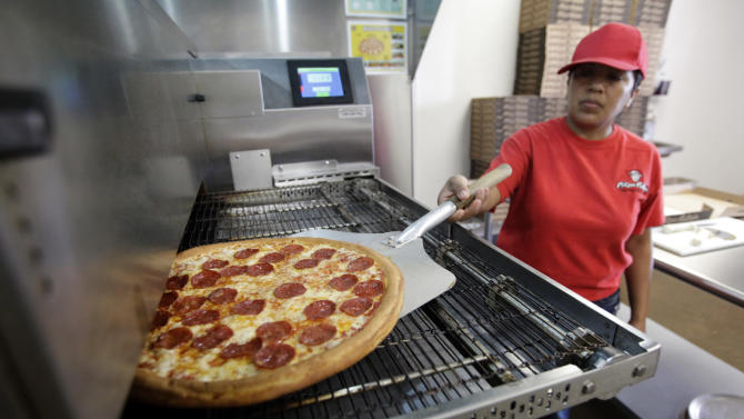 Poll: low-wage workers, bosses at odds on training
