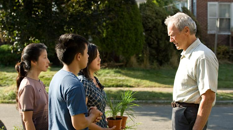 Brooke Chia Thao Bee Vang Ahney Her Clint Eastwood Gran Torino Production Stills Warner Bros. 2008