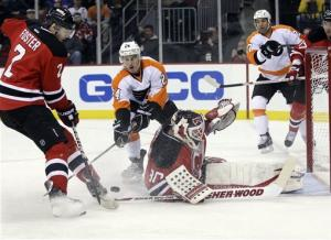 Hartnell scores 2 PP goals, Flyers top Devils 4-1