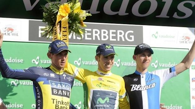 Rui Costa celebrates his overall win (Movistar press release)