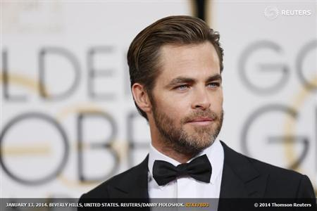 Actor Chris Pine arrives at the 71st annual Golden Globe Awards in Beverly Hills