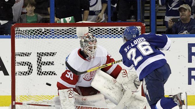 St. Louis nets lone SO goal; TB edges Detroit