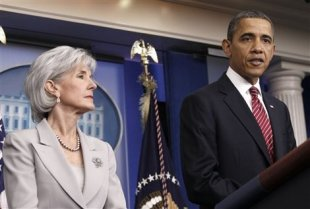 President Barack Obama and Health and Human Services Secretary Kathleen Sebelius announce the revamp of policy requiring religious institutions to pay for birth control. (AP Photo/Pablo Martinez Monsivais)