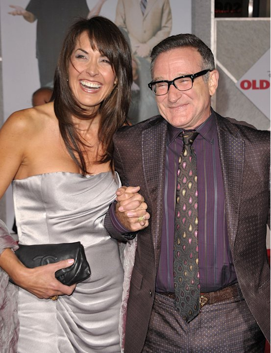 Old Dogs LA premiere 2009 Susan Schneider Robin Williams