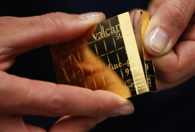 Gold Bar That Can Be Broken Into Pieces Universal