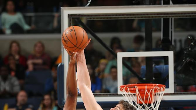 Conley, Gasol lead Grizzlies past Nuggets 100-92