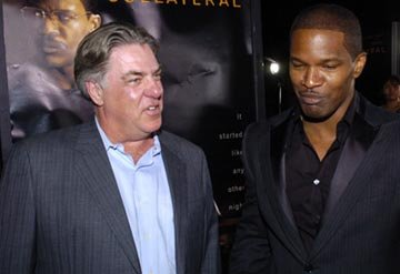 Premiere: Bruce McGill and Jamie Foxx at the LA premiere of Dreamworks SKG's Collateral -2004 