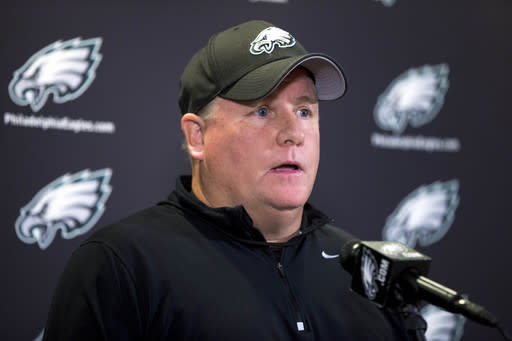 Eagles a year older, wiser in Kelly's system