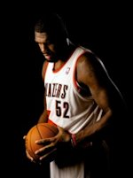 Trail Blazers' GREG ODEN not retiring