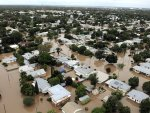 Thousands stranded by floodwaters in Australia