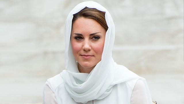 Royals to Sue French Magazine Over Topless Photos of Kate Middleton