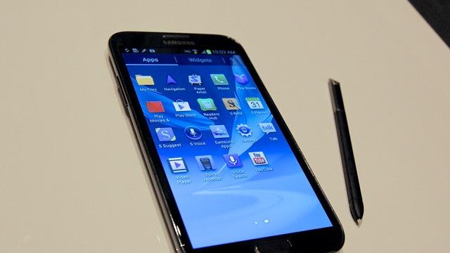 Samsung Galaxy Note II: A Giant Phone That Grows on You [REVIEW]