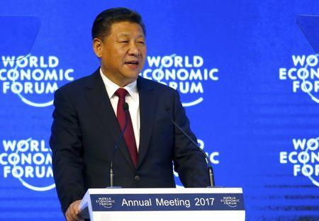 In Davos, Xi makes case for Chinese leadership role