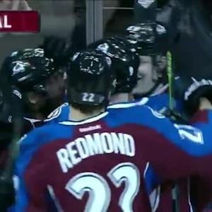 Nathan MacKinnon Goal on Corey Crawford (06:56/1st)