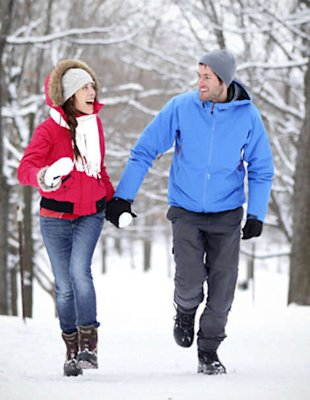 Burning bad fat may be as simple as taking a brisk winter walk.